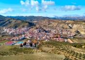 La Peza, last village before the 9km long ascent to Los Blancares mountain pass, towards Granada. Photo: Alex Rodier/EntreTierras
