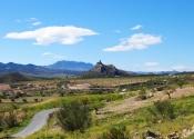 Vistas del valle del río Corneros y de la fortaleza de Xiquena, de camino hacia Vélez Blanco. Día 4. Autor: Alex Rodier